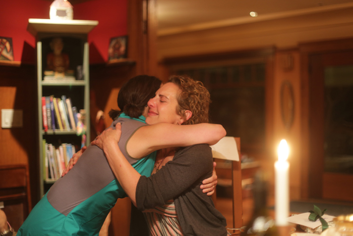 andrea_laurie_hugging_700