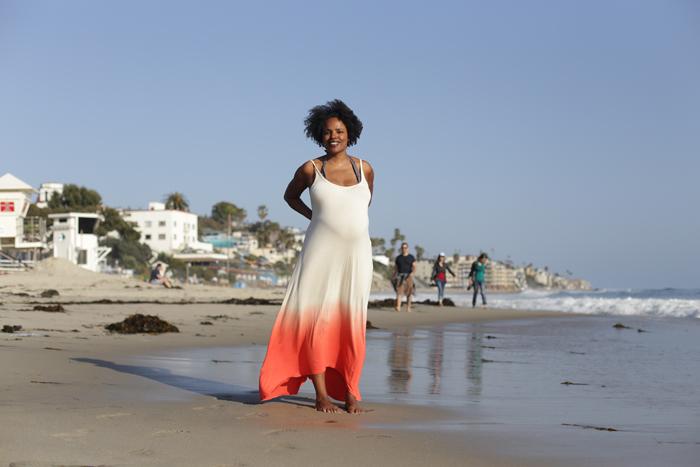 myriam_standing_beach_700